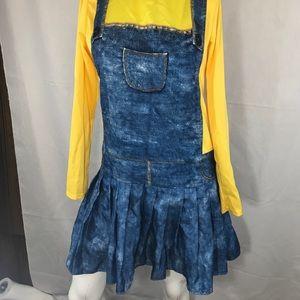 Costume women's size M NWOT minions